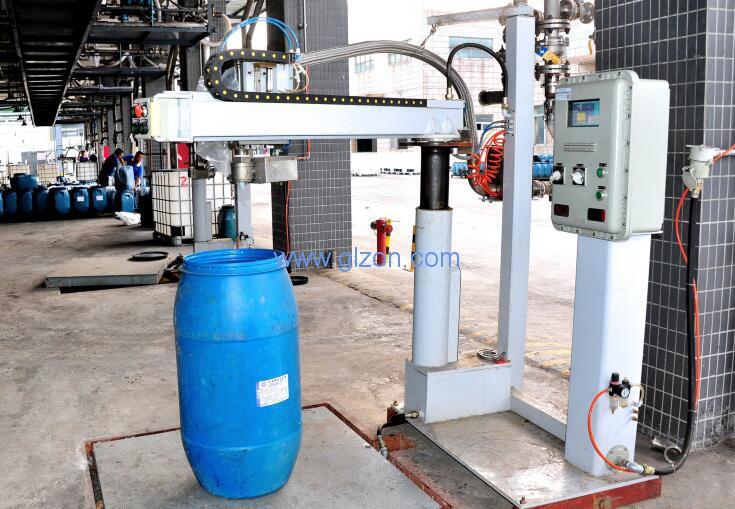托盘四桶200L桶位多功能灌装机在湖南宝光应用